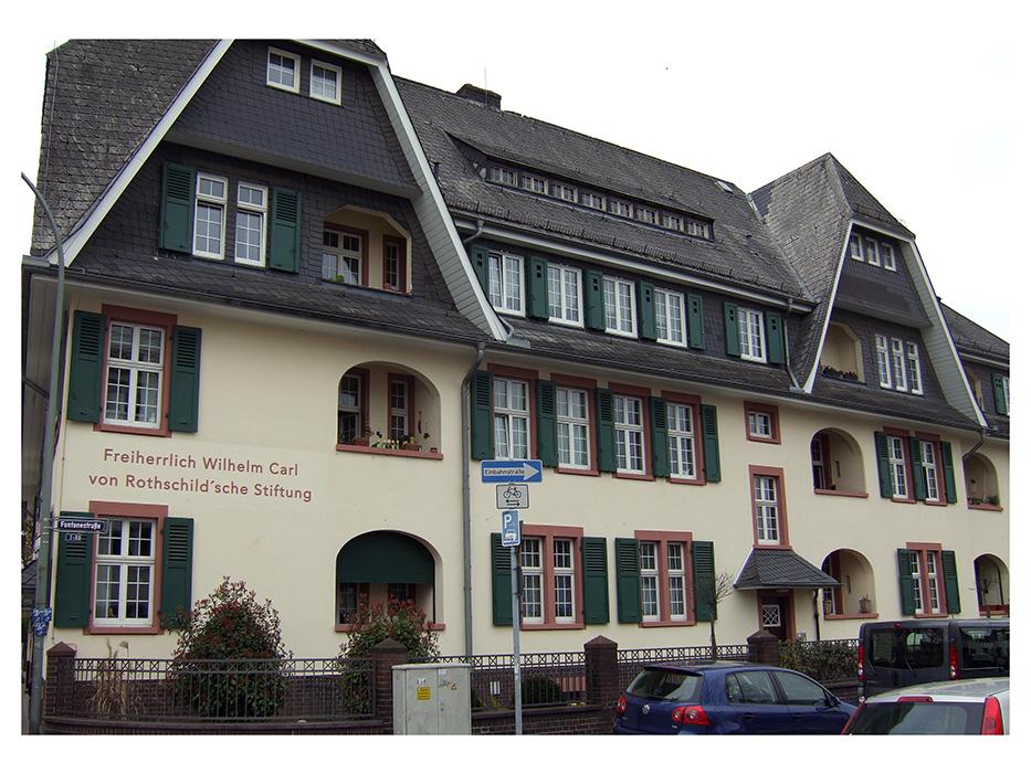 Fotografie:Rothschild´sches Damenheim, Frontansicht, 17.04.2013.